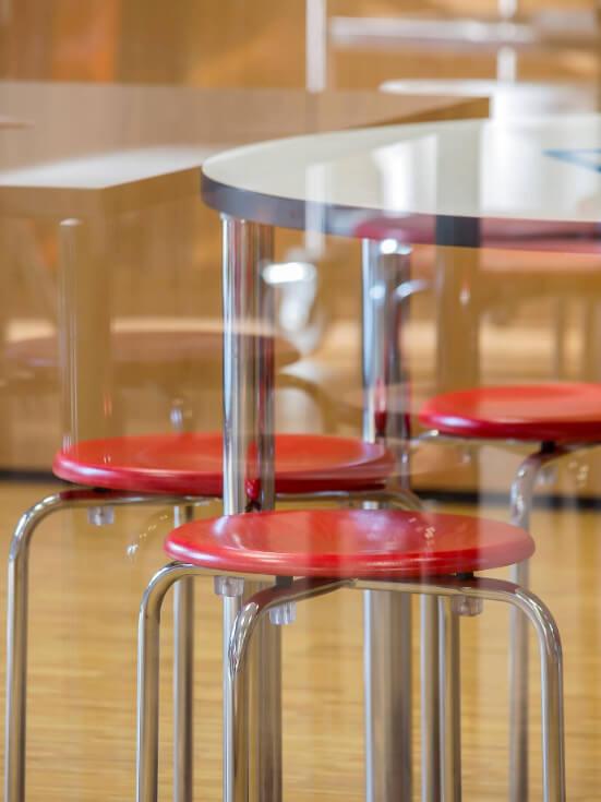 Stühle in der Monteria